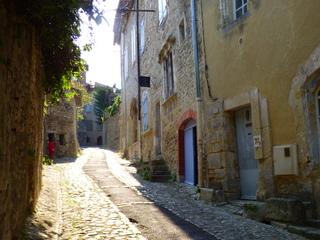 Autre ruelle de la cité médiévale - Vaison-la-Romaine