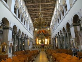 A l'intérieur de l'église Agios Démétrios